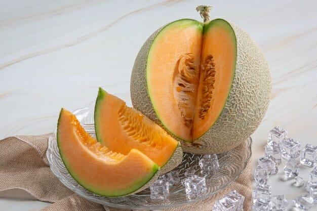 Buah-Buahan Yang Mengandung Vitaman A (Melon by Freepik)